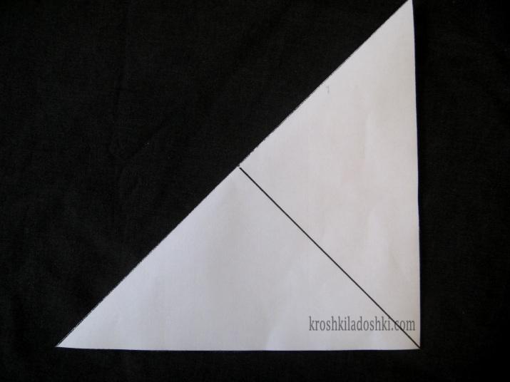 как сложить бумагу чтобы вырезать снежинку