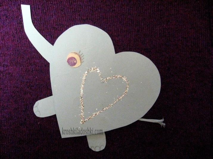 аппликация слон из сердечек