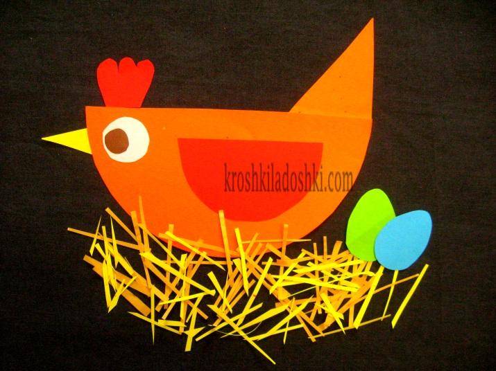 курица несущая пасхальные яйца