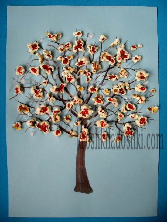 цветущее весеннее дерево для детей