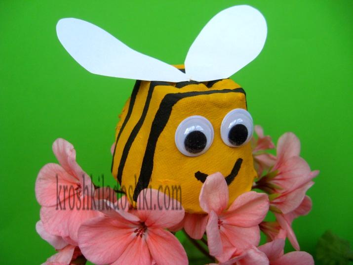 поделка пчелка