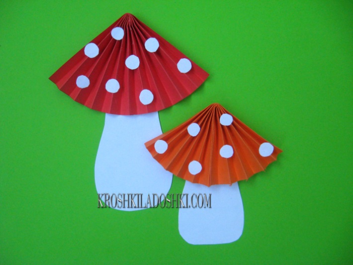 гриб мухомор из цветной бумаги гармошкой