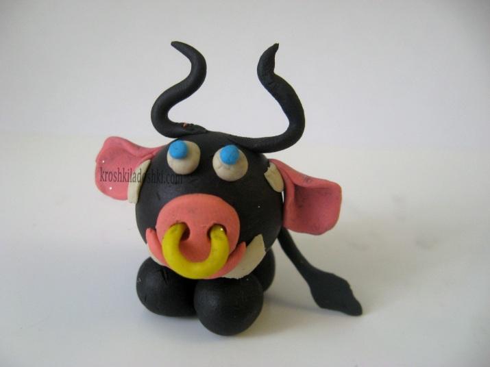 бык из пластилина
