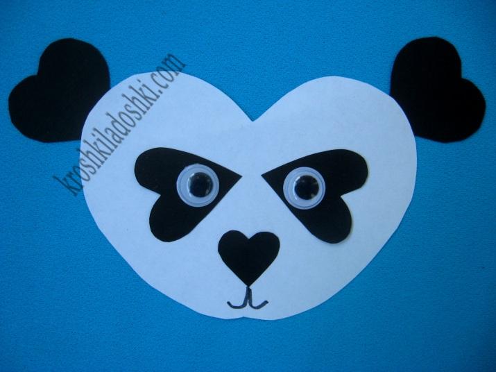 панда из сердечек