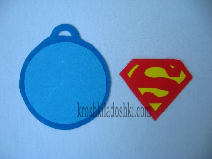 как сделать медаль супергероя