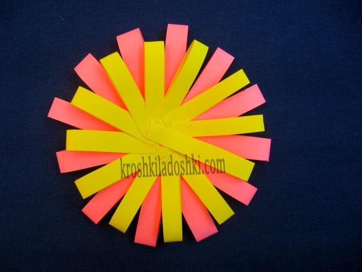 бумажные цветы своими руками из полосок бумаги