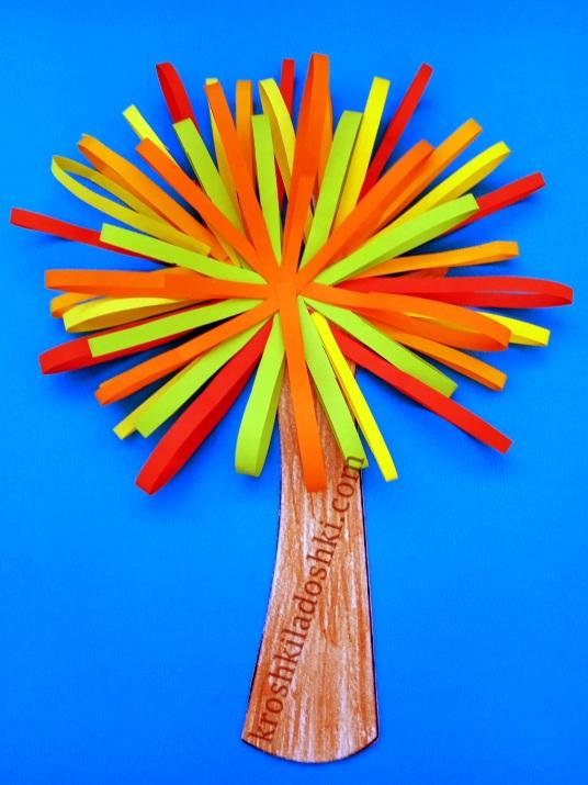 осеннее дерево из цветной бумаги